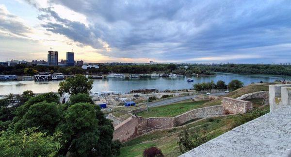 Blick von der Burg auf Belgrad und die Donau