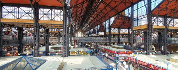 In der Markthalle in Budapest