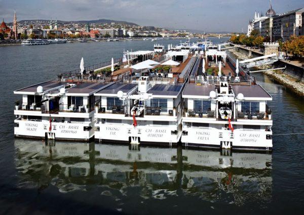 Kreuzfahrt-Schiffe in Budapest