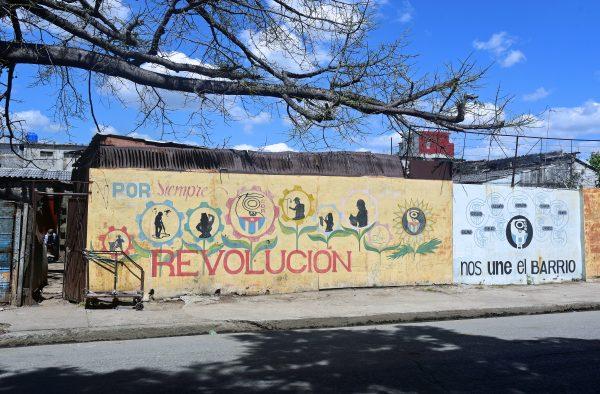 Viva la Revolución! in Cienfuegos