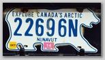 Ein Nummernschild in Nunuvut