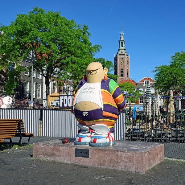 'Haagse Harry' Statue in Den Haag