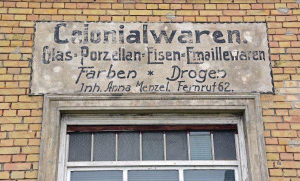Anna Menzel verkauft Drogen in Groß Neuendorf