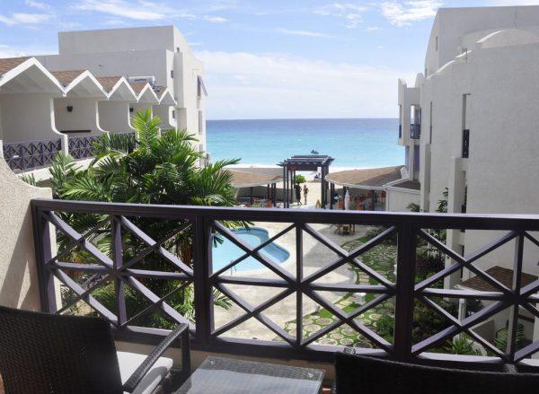Blick vom Infinity on the Beach Hotel