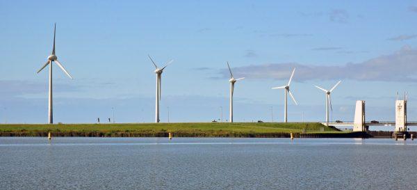 Windräder nahe Enkhuizen