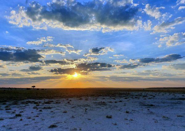 Der Himmel über Etosha