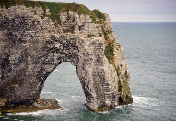 Die Alabasterküste von Étretat (Felsentor Porte d'Aval)