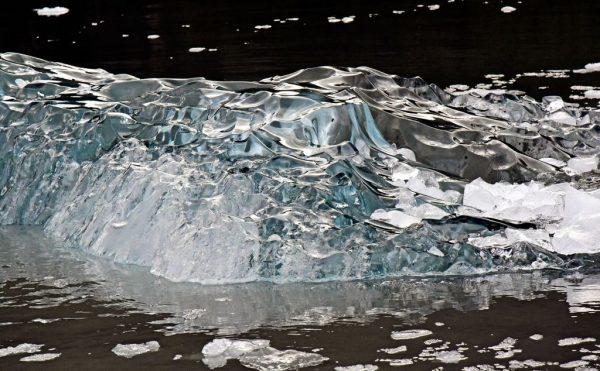 Ice in Black im Garibaldi Gletscher