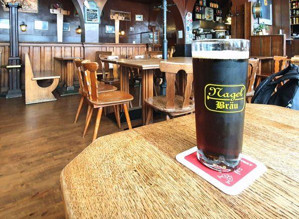 In der Restaurant-Kneipe Nagel in Hamburg