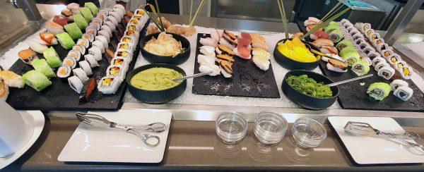 Sushi im Restaurant 'Lido' auf der HANSEATIC nature