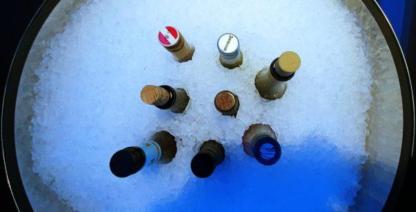 Getränke von der Poolbar auf der HANSEATIC nature