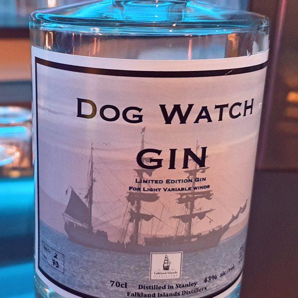 Gin aus Falkland in der Bar im HanseAtrium