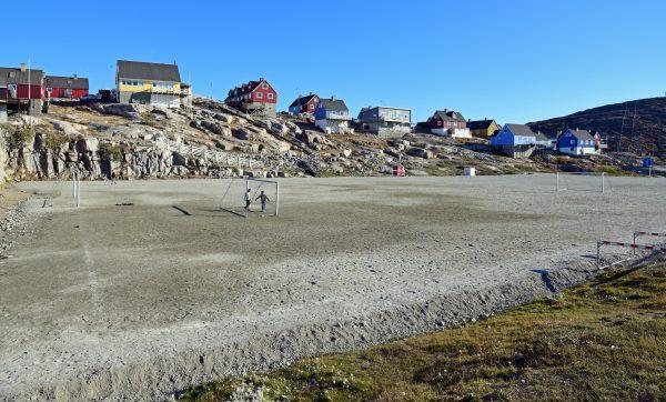 Der Fußballplatz von Ilulissat