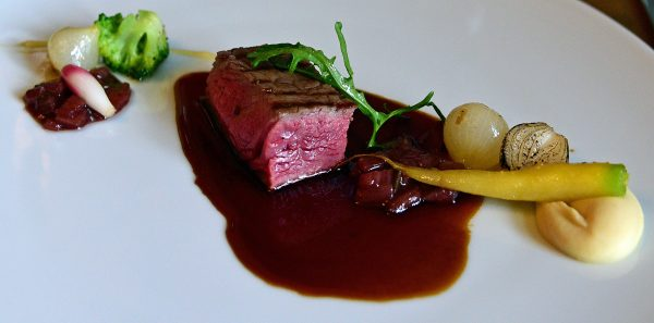 Das Cidre-Beef im Restaurant G.A. / Manoir de Rétival