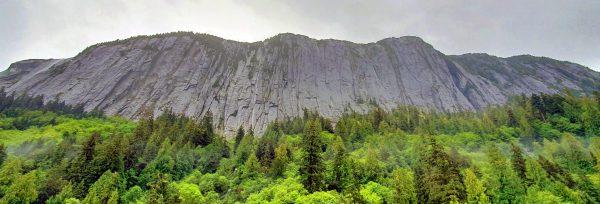 Ein Berg in den Misty Fjords