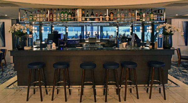 Die Bar auf der MS nickoVISION