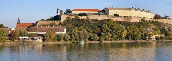 Die Festung Petrovaradin in Novi Sad