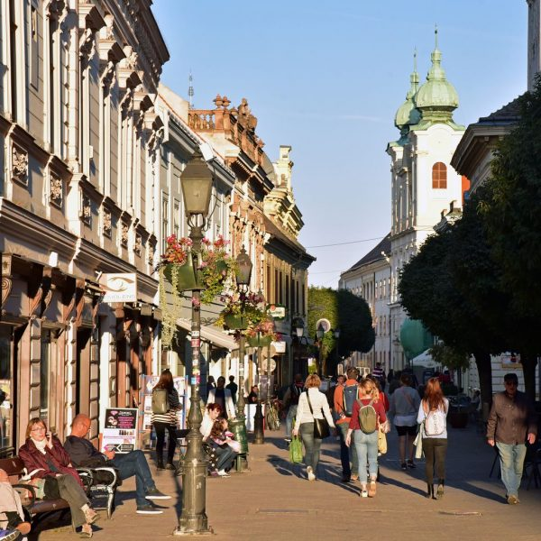 Die Fußgängerzone in Pécs