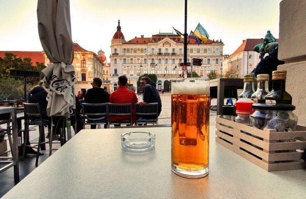 Ein Bier in Pécs