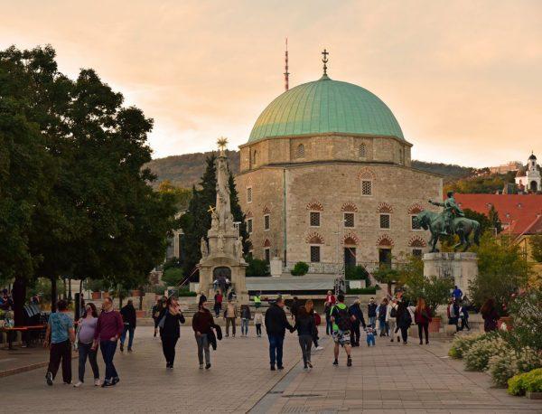 Die Moschee Gszi Khassim in Pécs