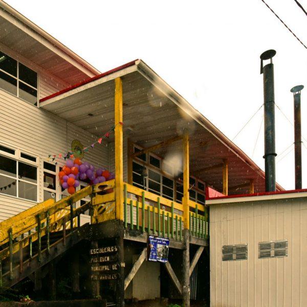 Die Schule von Puerto Edén