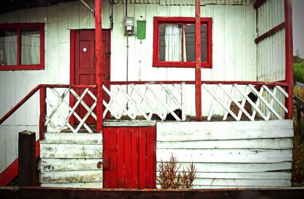 Ein Haus in Puerto Edén
