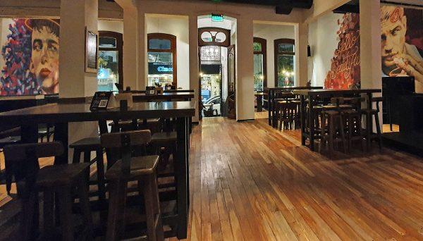 Eine Absacker-Bar in La Plata