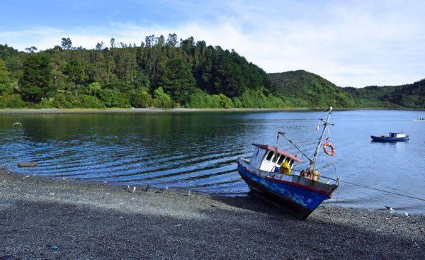 Blick auf die Insel Tenglo