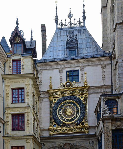 Der große Uhrenturm (Le Gros Horloge) von Rouen