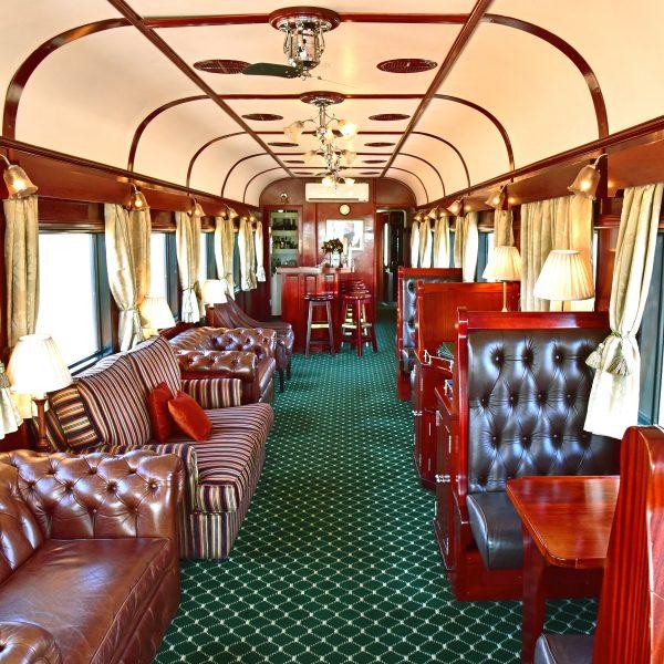 Der Bar-Salon im Zug von Rovos Rail
