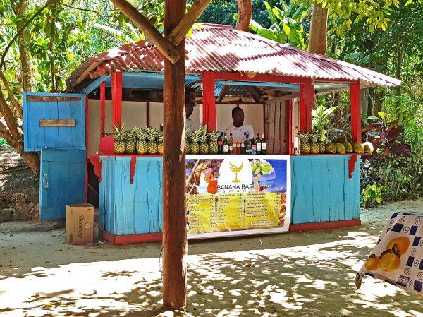 Der SPS (Schnaps-Probier-Stand) von Isla Cayo Levantado