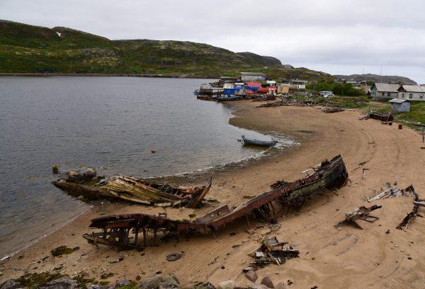 Der Strand von Teriberka Bay, Russland