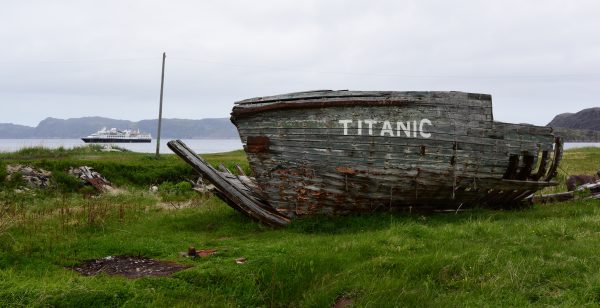 Die Titanic, Teriberka Bay, Russland