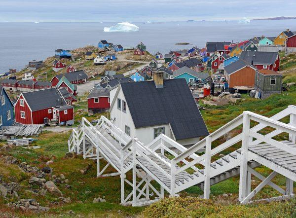 Blick von Zinnis Haus auf Upernavik