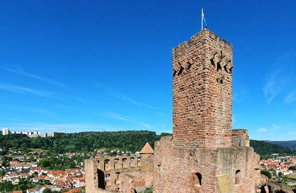 Der Bergfried der Burg in Wertheim